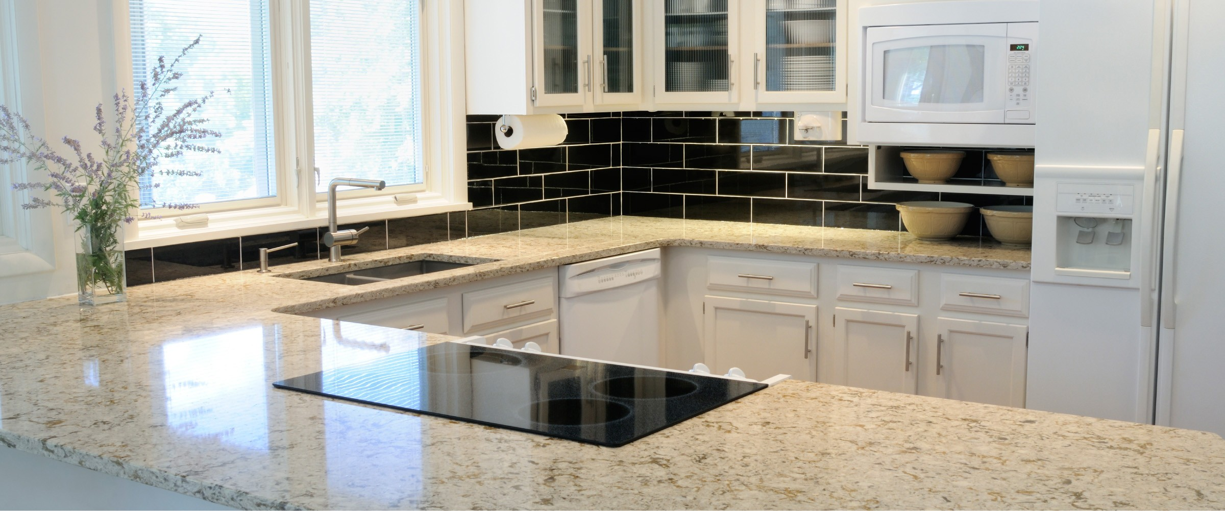 white-kitchen-marble-countertop